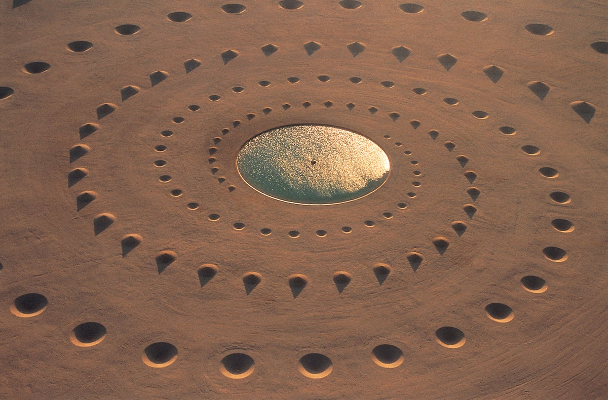 This incredible structure in the desert wasn't built by aliens