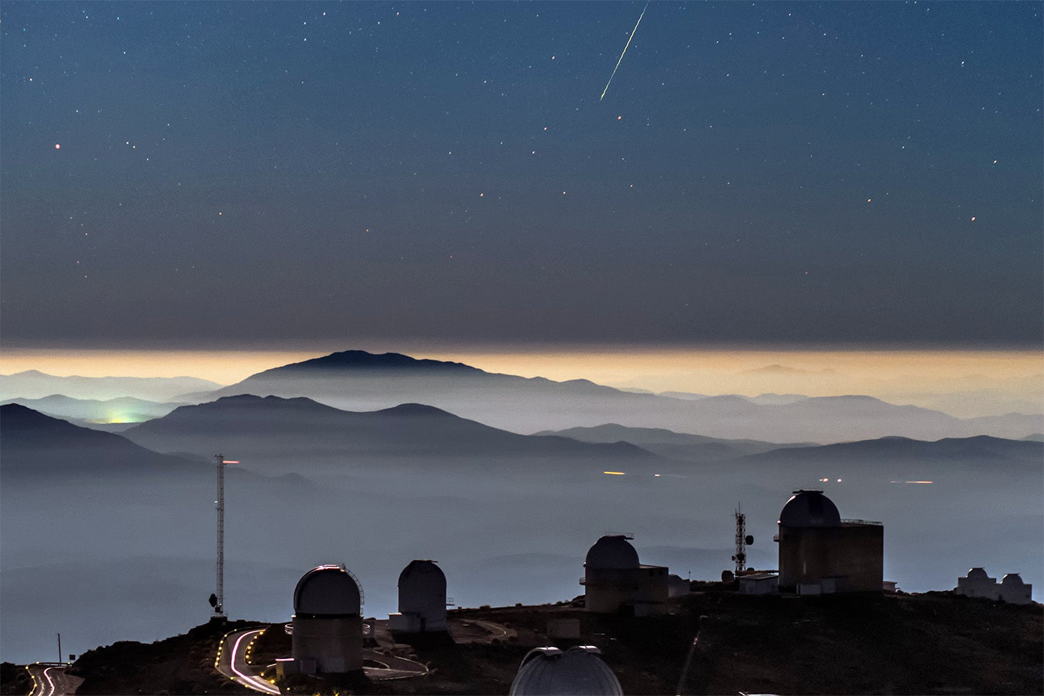 This Stunning Single Image Blurs the Line Between Earth and Space