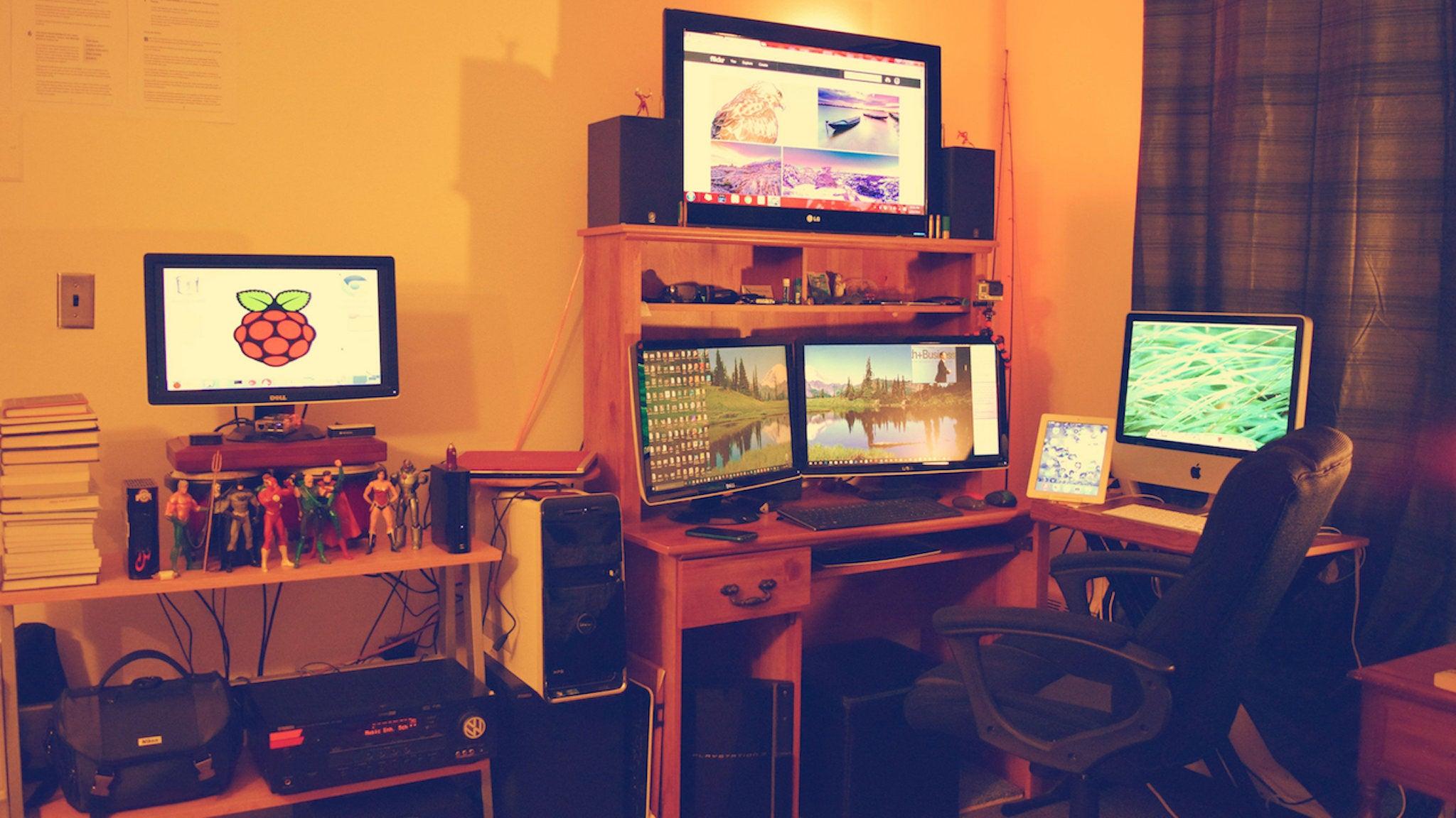 The College Corner Workspace