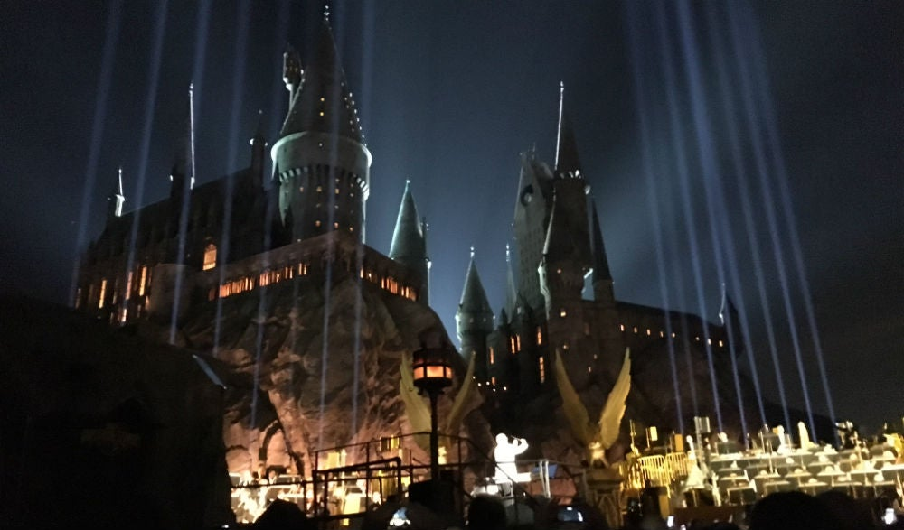 Watch John Williams Conduct A Harry Potter Music Medley In Front Of The New Hogwarts