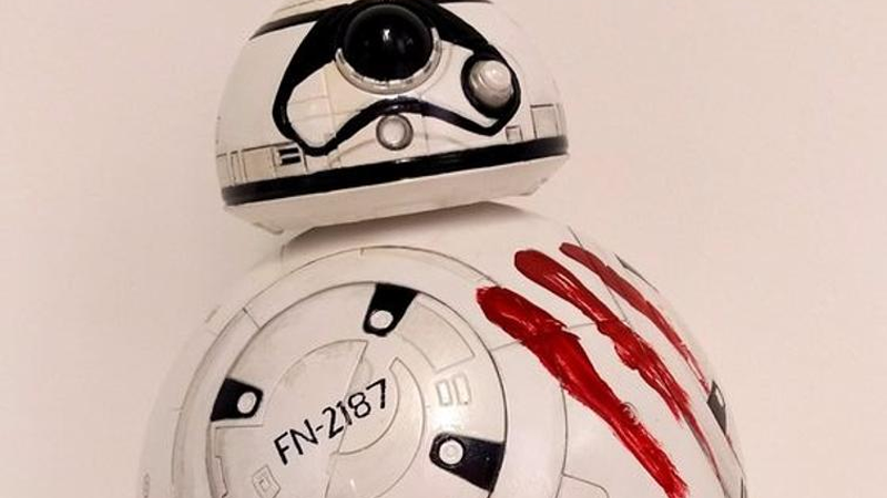 TheForce AwakensCast Is Auctioning Off These Artsy BB-8 Toys For Charity