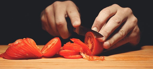 Seeing Tomatoes Get Unsliced Is Really Bizarre