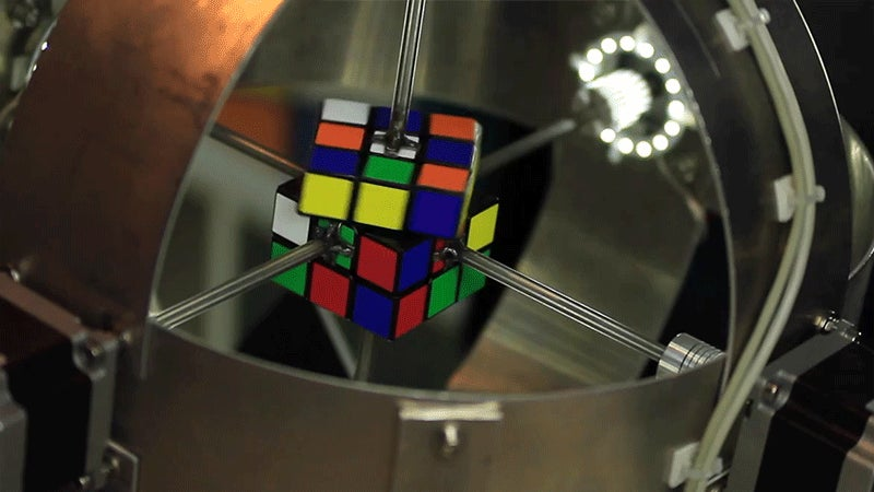 In Just 0.887 Seconds Another Machine Has Already Shattered the Rubik's Cube World Record
