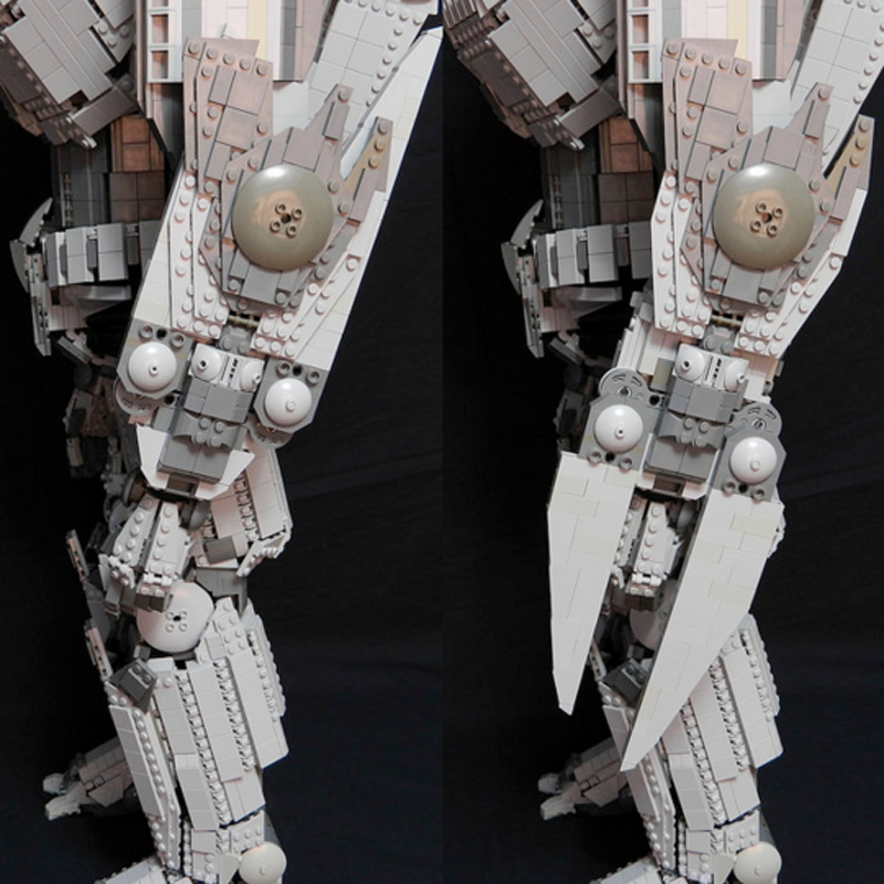5,000-Piece Pacific Rim Jaeger Would Smash Any LEGO Town