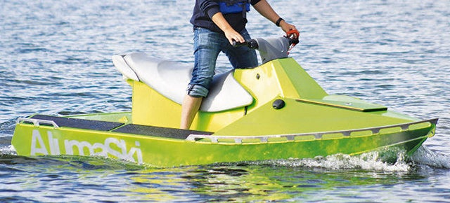 Underwater Obstacles Won't Stop This Aluminium-Armoured Jet Ski