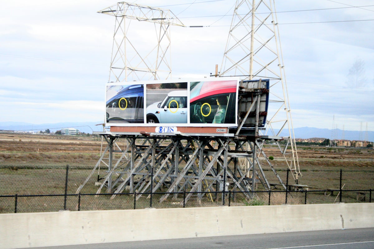 Dont text and drive or those billboards will feature you