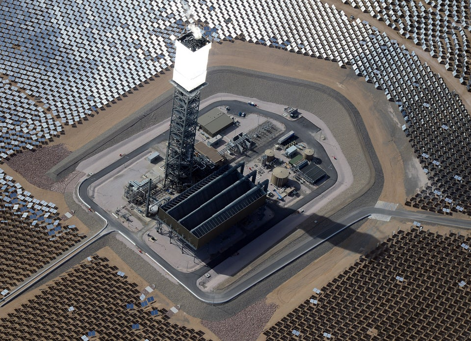 The World's Largest Solar Plant Is Blinding Pilots