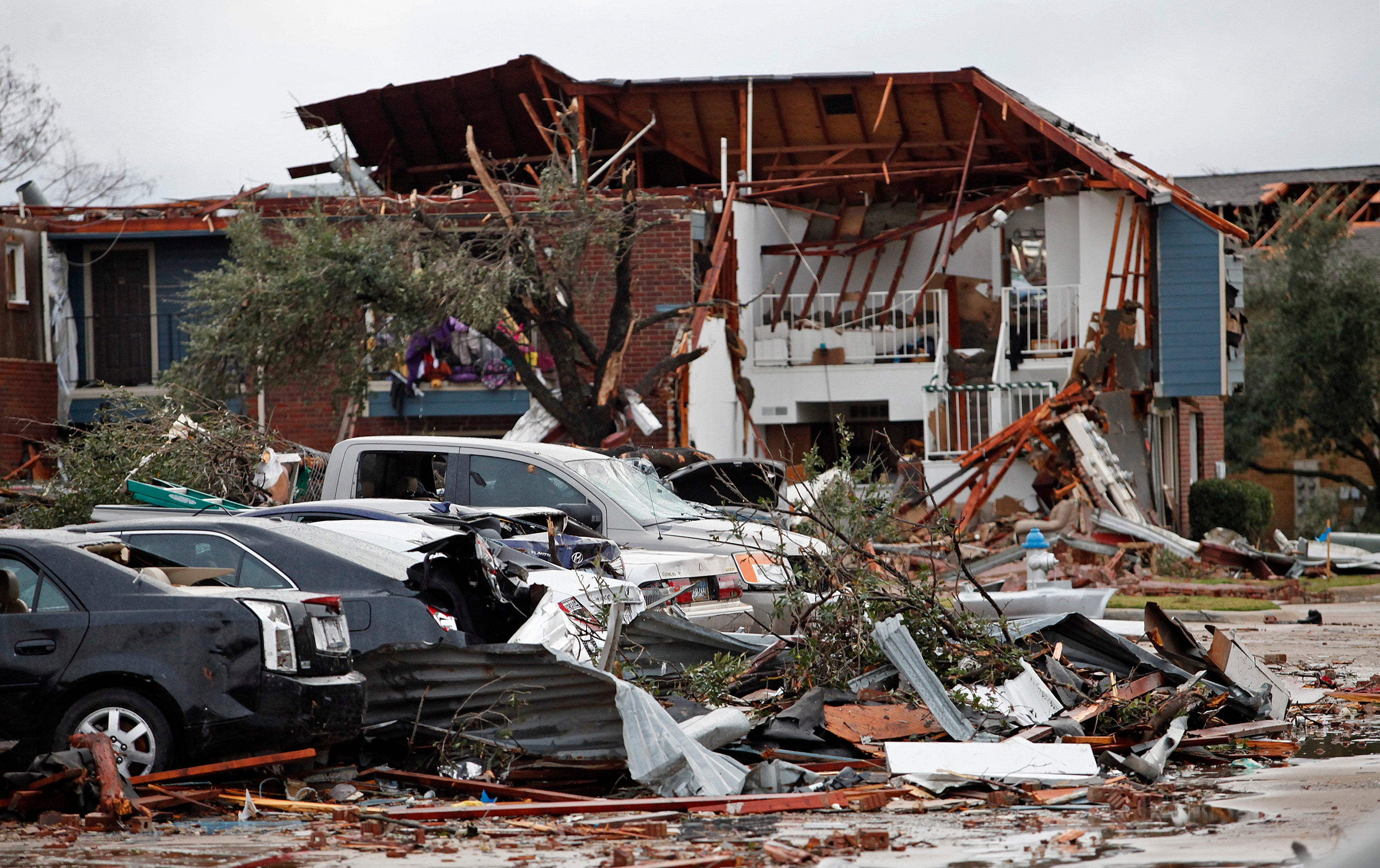 Bizarre, Deadly Weather Is Sweeping the Country
