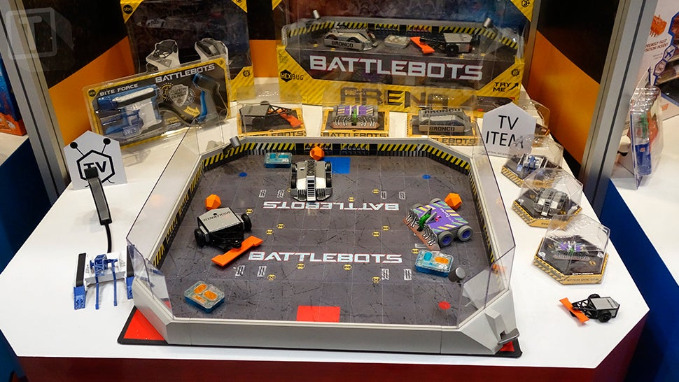 There Are Now Tiny RC Versions of Your Favourite BattleBots You Can Fight at Home