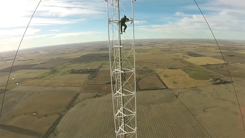Climbing a 457.20m Radio Tower Without Safety Gear Is Stupid for So Many Reasons