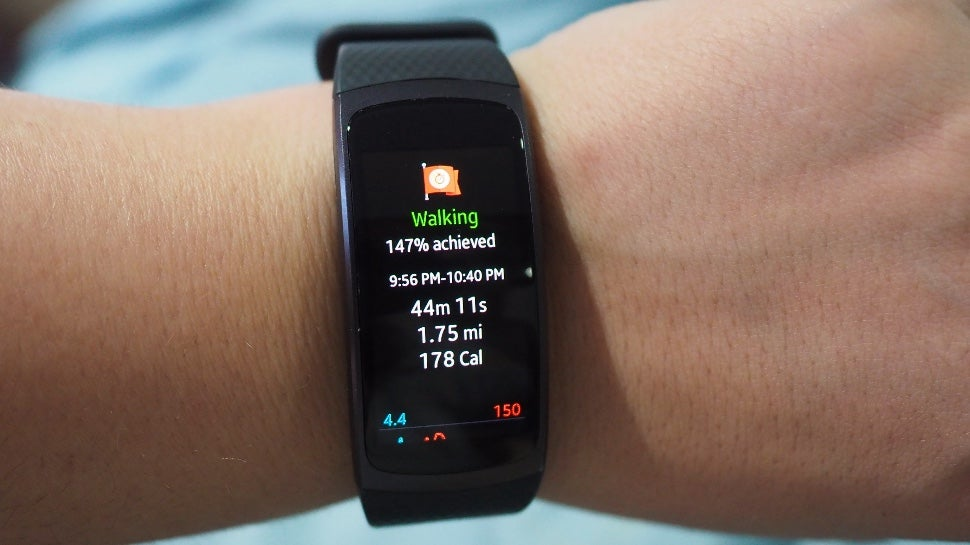 Samsung gear fit2 review a genuinely great blend of smartwatch and fitness tracker gizmodo - Samsung dive mobile tracker ...