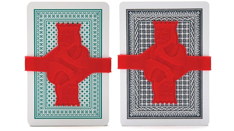 Wrangle Loose Decks of Cards With This Kingly Silicone Strap