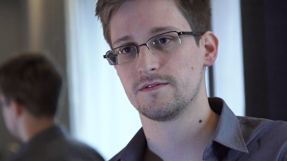 The Washington Post Throws Snowden Under The Bus