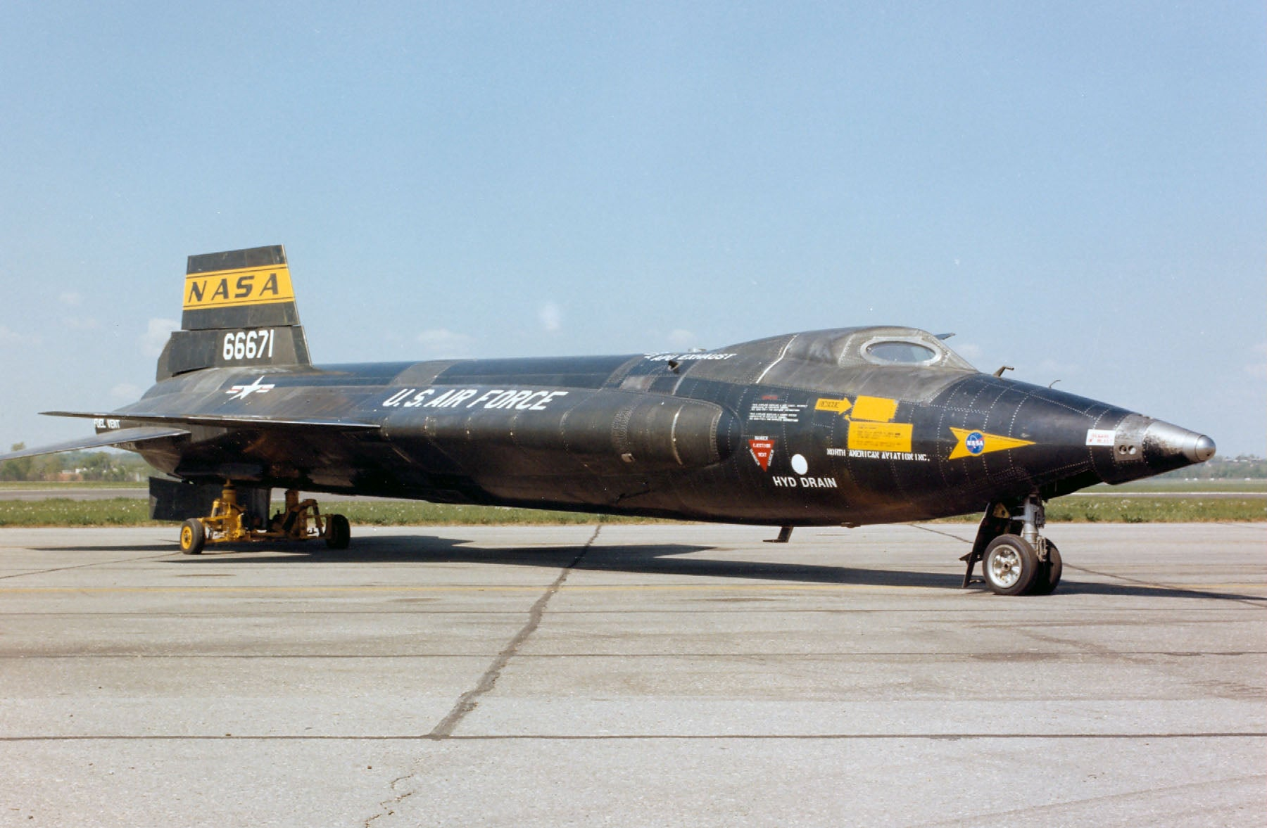 Outstanding Photos Of The X-15, The Fastest Manned Aircraft Ever Made ...