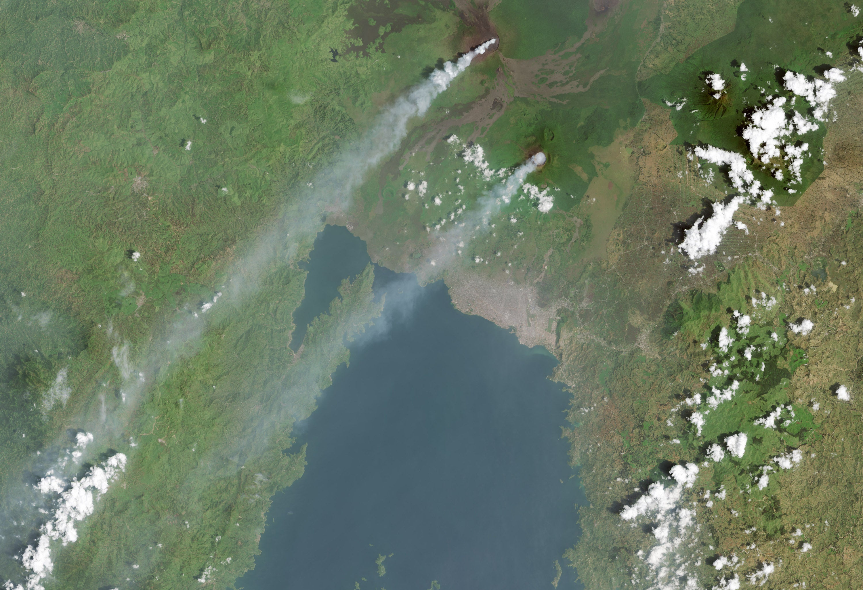 A Rare Glimpse of Two Volcanic Plumes in Central Africa