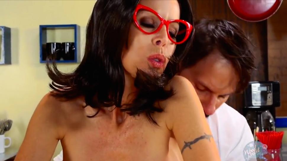 bob movie porn DVD weekly: Silent Bob, body swap and torture porn - Movie.