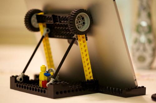 Support pour smartphone en Lego