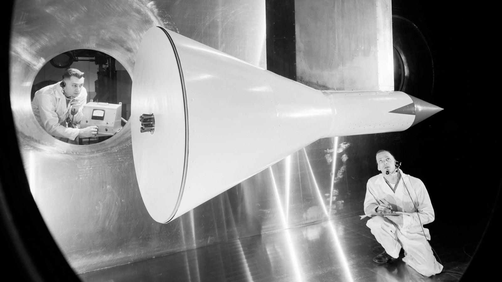 تونل باد مافوق صوت (۱)