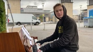 """Man commits to playing Queen's """"Don't Stop Me Now"""" until ... someone stops him"""