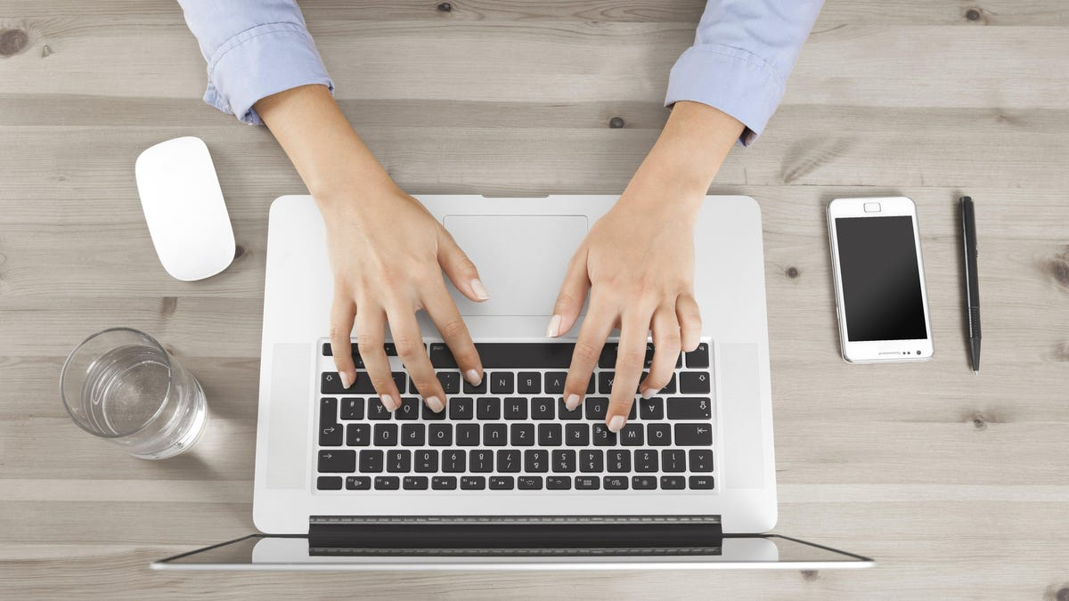 How to Write Less Terrible Emails If Writing Doesn't Come Easy to You