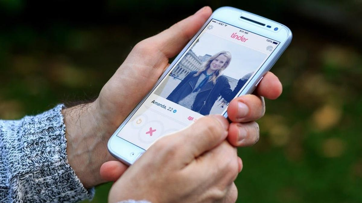 How to Block Your Exes and Coworkers on Tinder