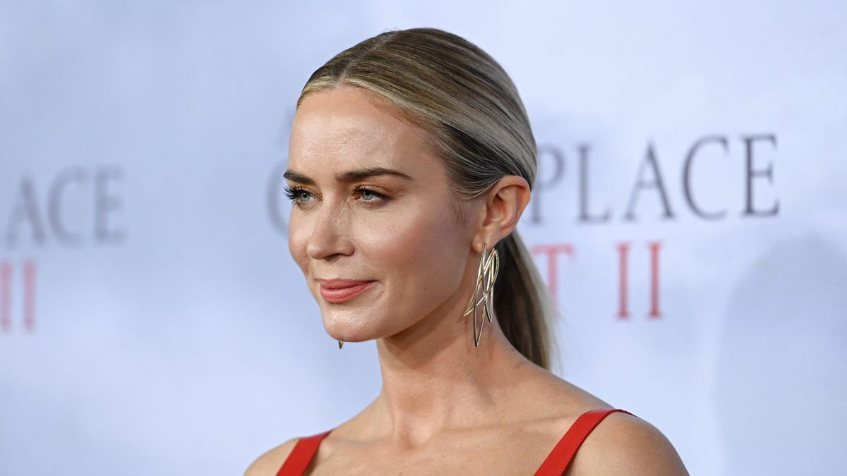 Emily Blunt has signed on for a new project at Amazon, with Deadline reporting that she'll be working  (in a producing capacity) with her Jungle Cru