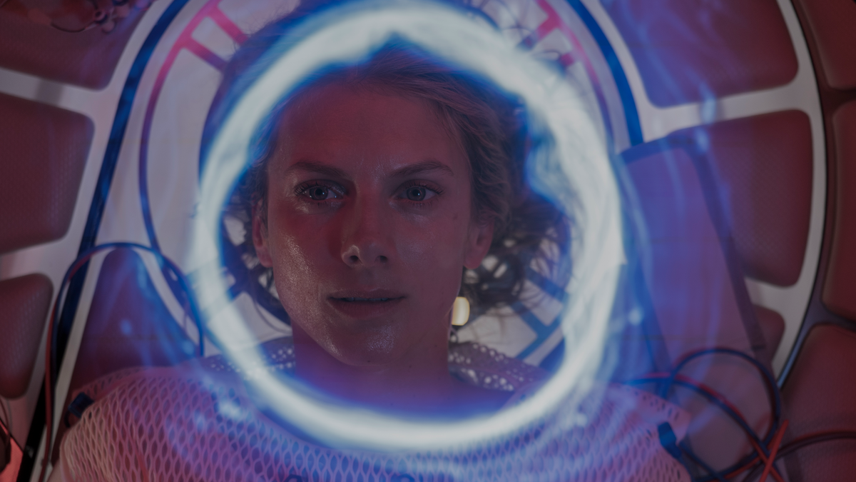 The claustrophobic Netflix thriller Oxygen will take your breath away