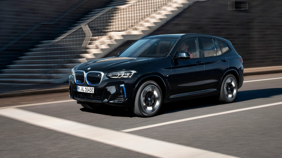 Hier ist Ihre Erinnerung, dass es den BMW iX3 gibt