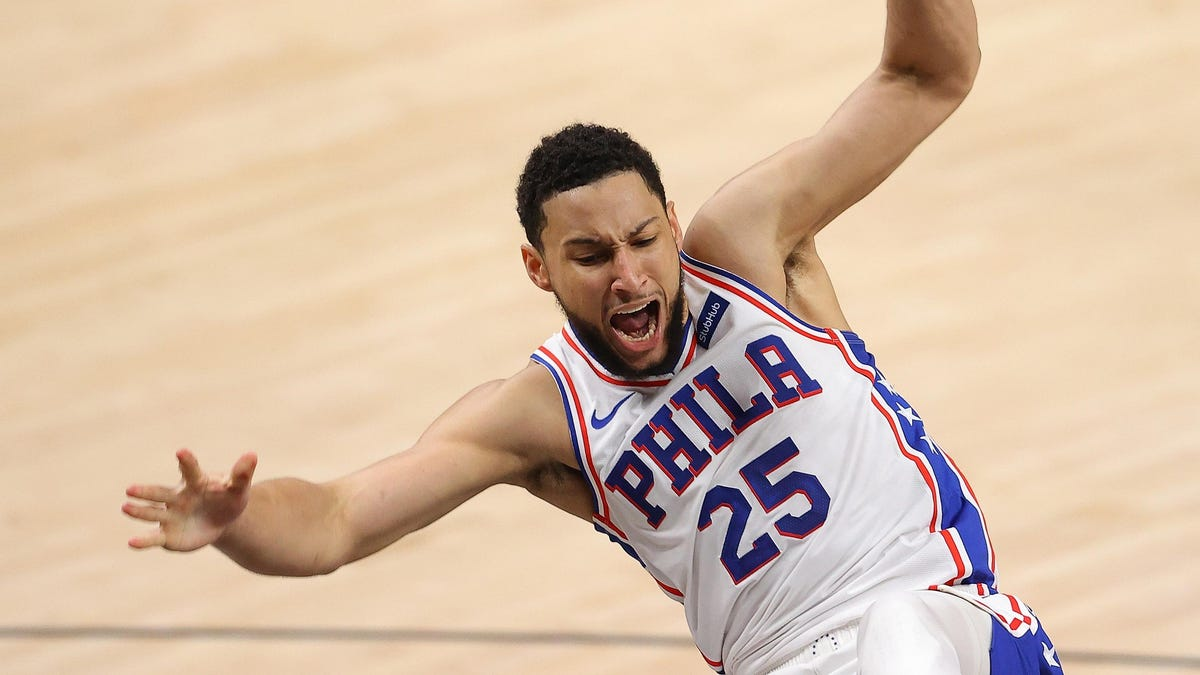 Little children thank Ben Simmons for building them an orphanage with all of his bricks