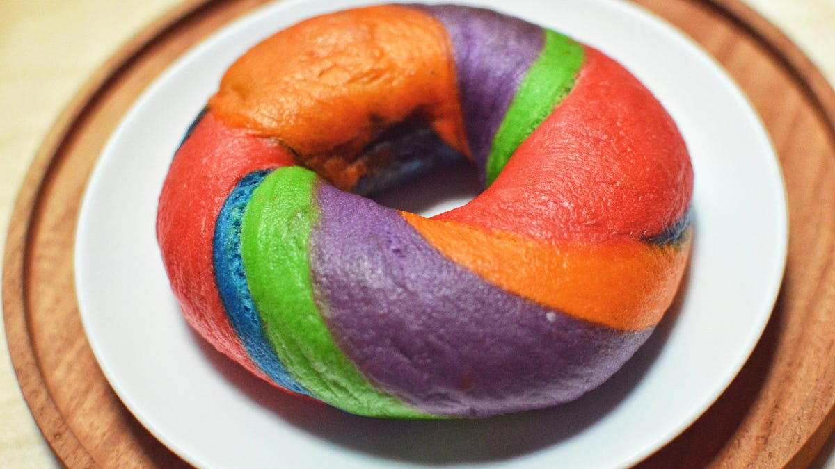 Two Common Food Dyes Could Be Linked to Inflammatory Bowel Disease Symptoms