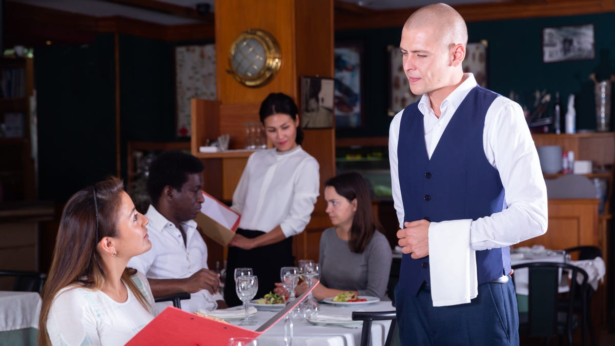 Annoying Things Customers Do That Waiters Hate The Most