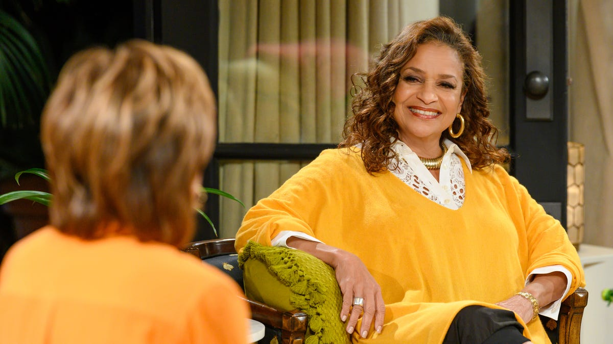 Exclusive Clip: How Debbie Allen Refused to 'Stay in Her Lane' On Turning the Tables With Robin Roberts