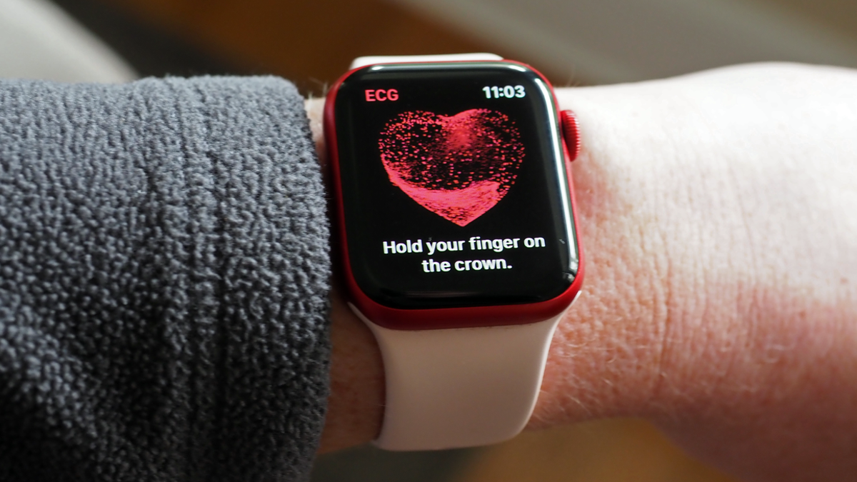 Smartwatches Can Predict Your Blood Test Results, Study Finds