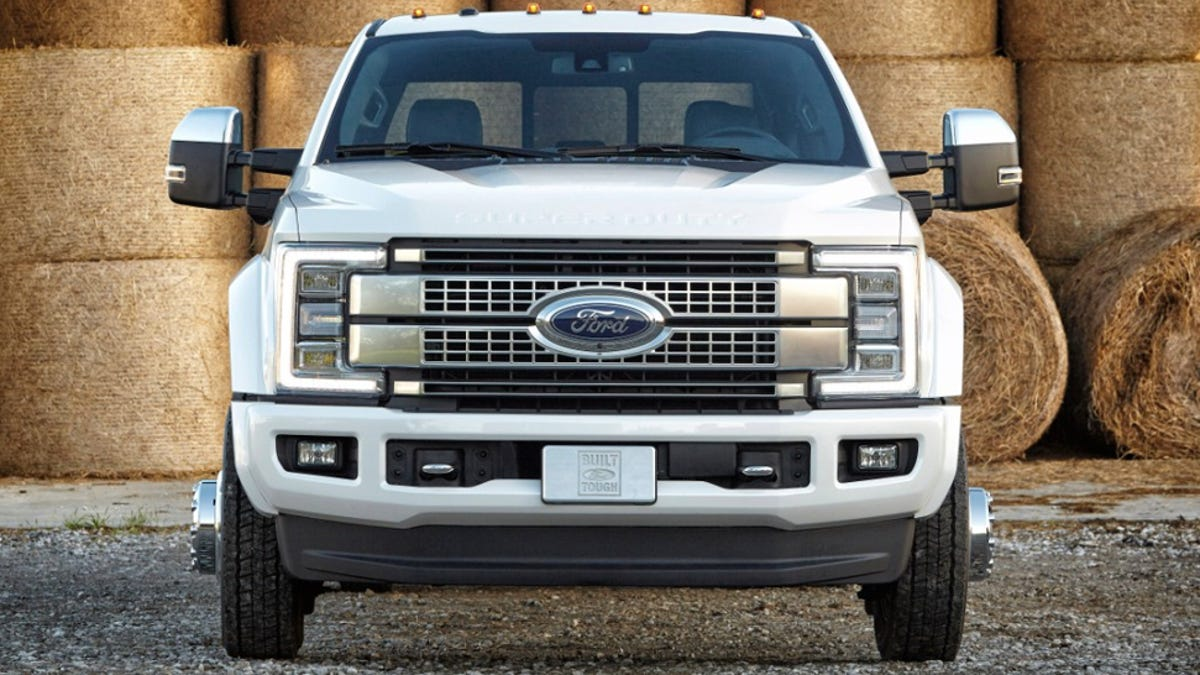 2017 Ford Super Duty Specs >> 2017 Ford Super Duty New Body Old Engines High Tech Idiot