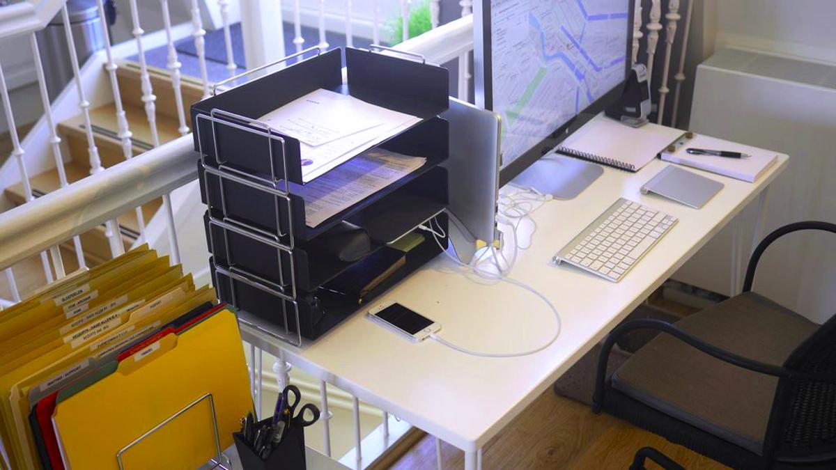 Getting Things Done Guru David Allen's Productive Workspace