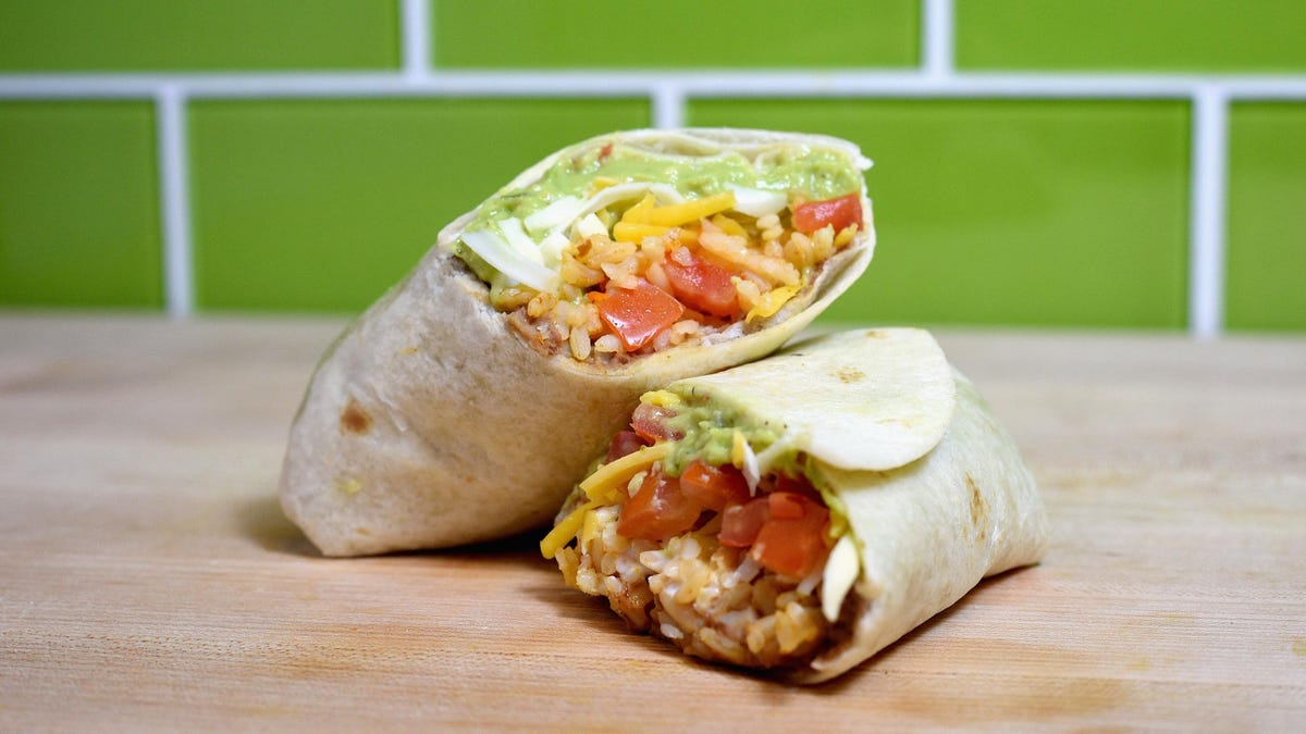 How to Hack a 7-Layer Burrito From Existing Taco Bell Menu Items