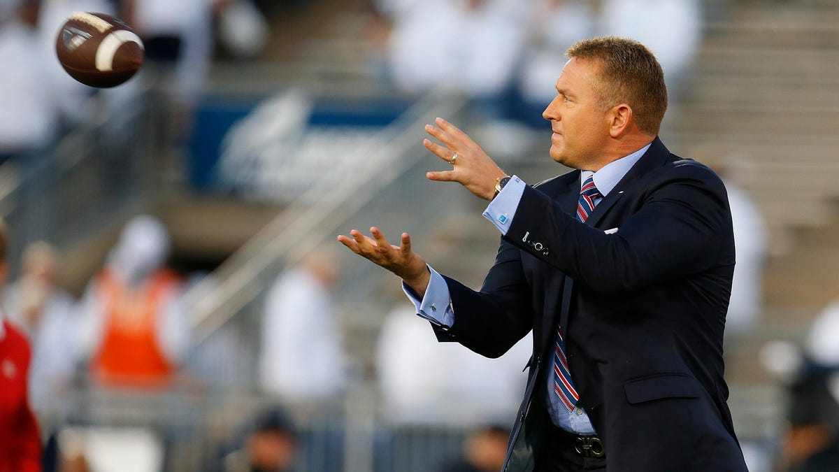Kirk Herbstreit hasn't been able to taste or smell since contracting COVID in December