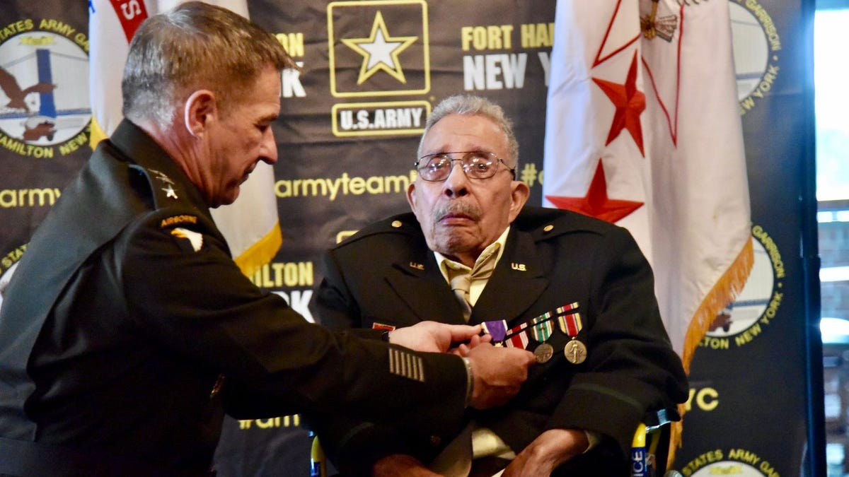 Black WWII Veteran Finally Receives Purple Heart After Initially Being Denied Due to Racism