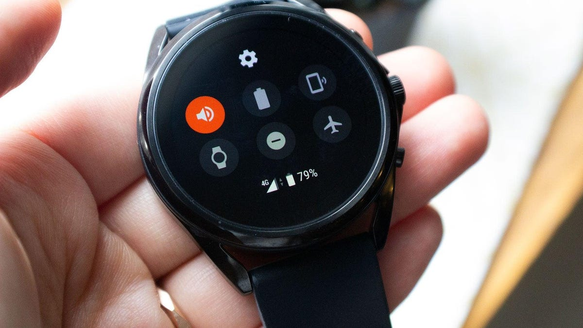 Fossil Will Launch a Premium Smartwatch That Runs on Google's New Wear OS in the Fall thumbnail