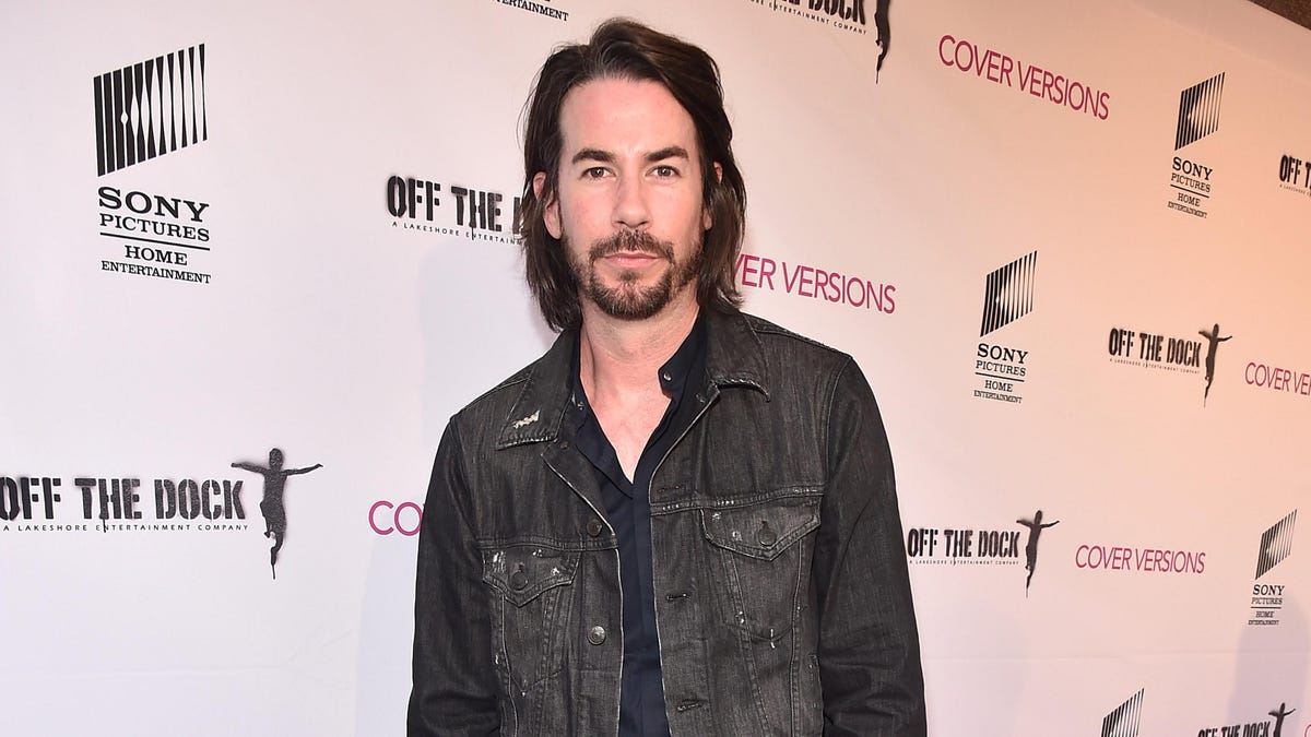 """Jerry Trainor promises """"sexual situations"""" in Paramount's iCarly"""