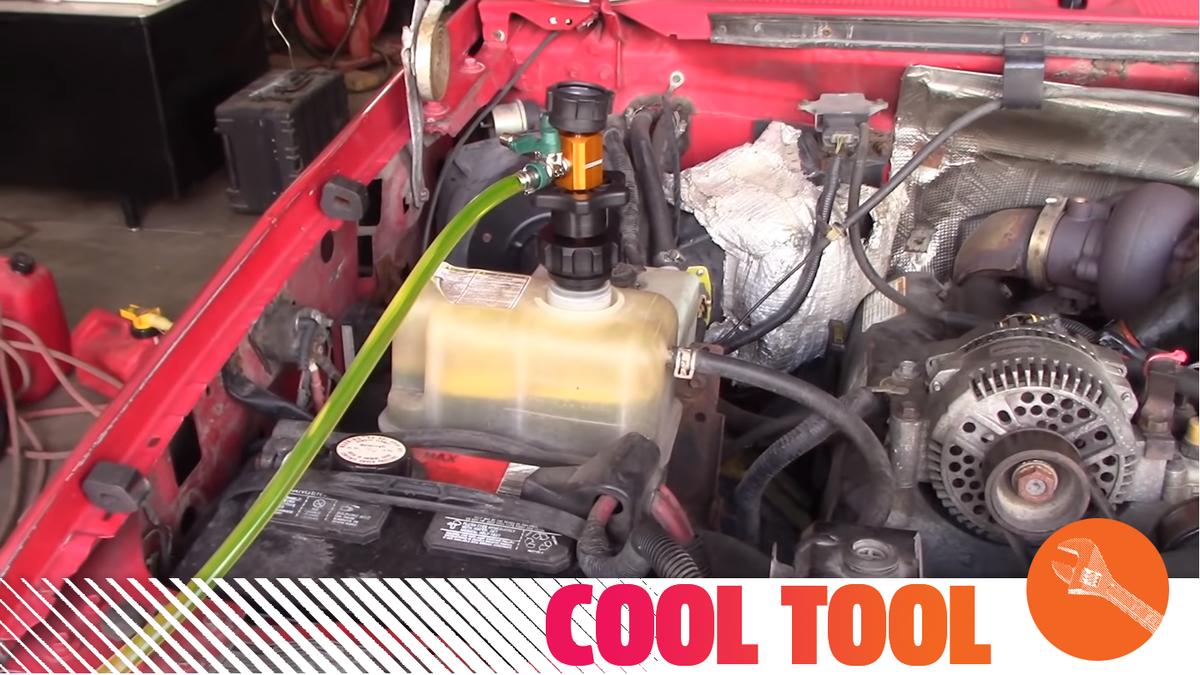 Schützen Sie Ihren Motor vor Überhitzung, indem Sie Ihr Kühlmittel mit diesem unglaublichen Werkzeug auffüllen