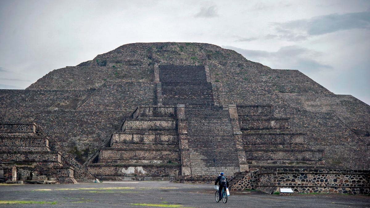Archaeologists See Ancient Teotihuacán With Aerial Mapping Tech