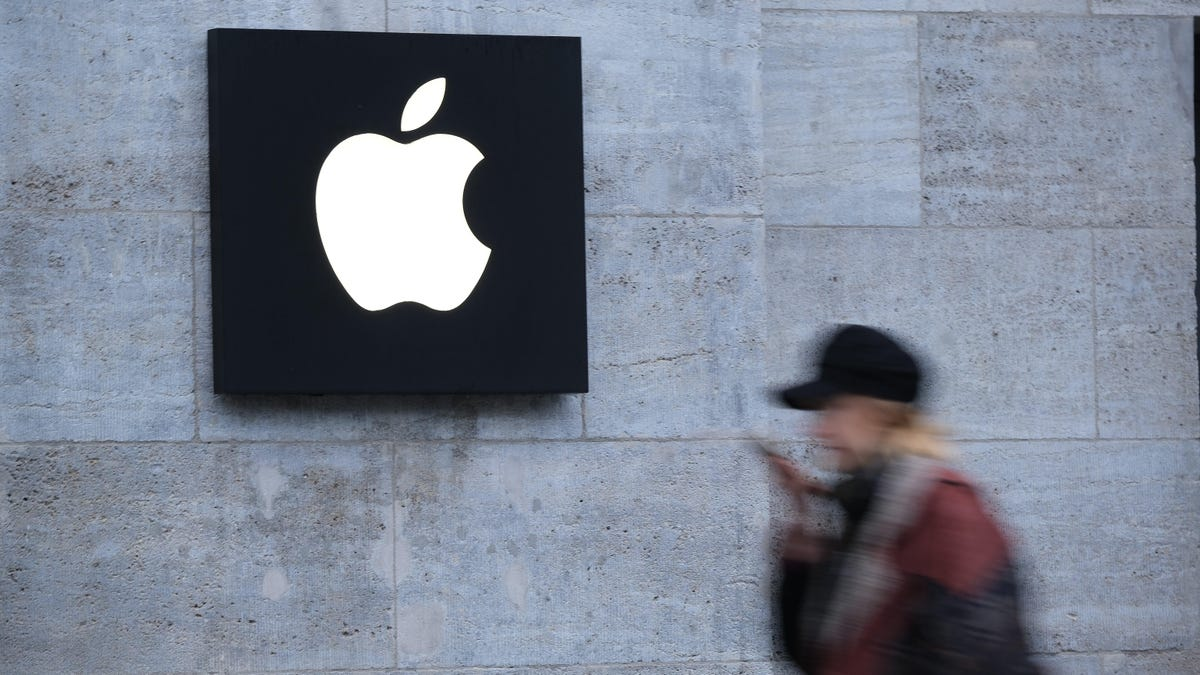Apple Fires Program Manager Who Filed Charges Over Harrassment