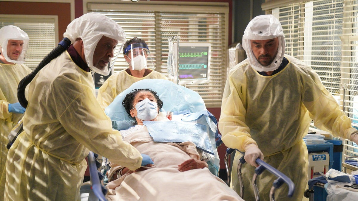 [REDACTED] becomes latest long-time star to depart Grey's Anatomy