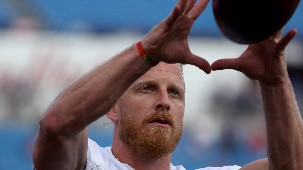 Cole Beasley, 'pro-choice' on vaccine, will now be forced to miss practice