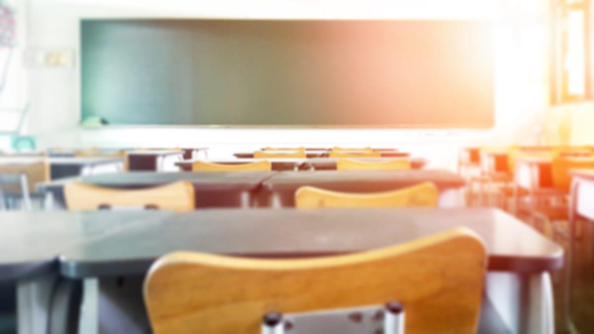 Racist Petition to Reinstate Slavery Circulates Missouri High School: Report