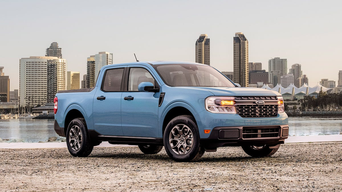 Here's How The 2022 Ford Maverick Compares To Other Small And Midsize Pickups