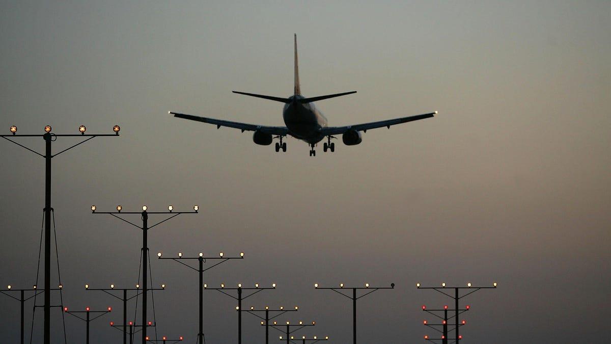 Die FAA hat widerspenstige Passagiere in diesem Jahr mit über 1 Million Dollar bestraft, meist wegen des Nichttragens von Masken