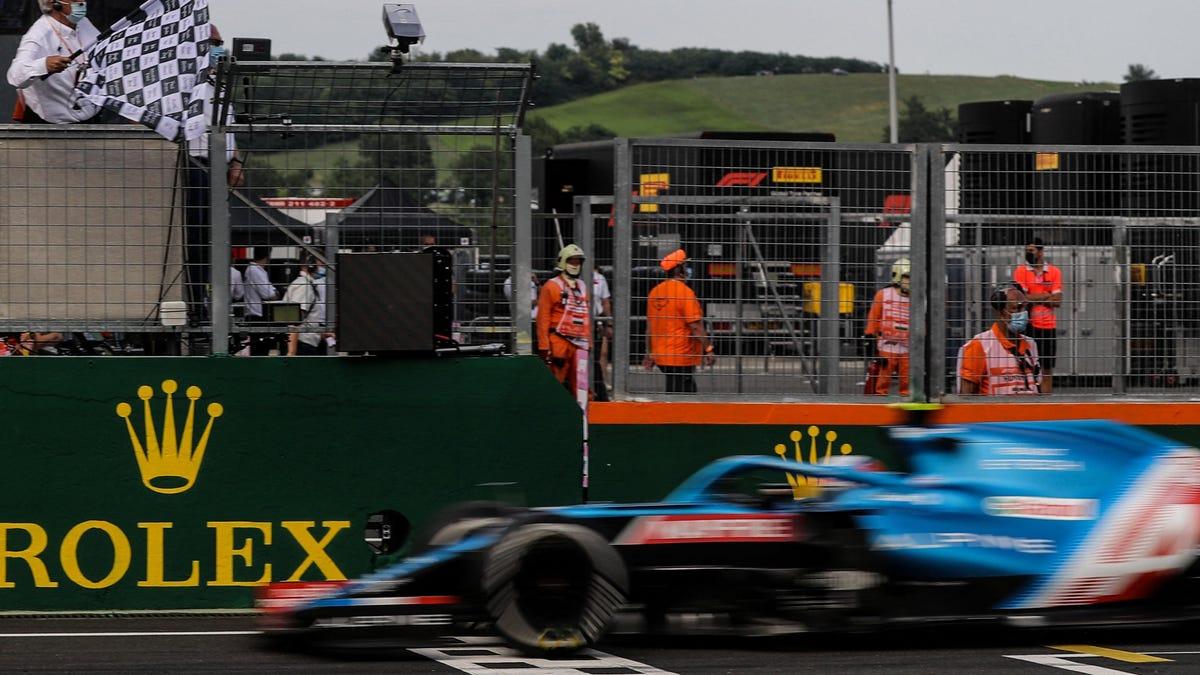 Esteban Ocon gewinnt beim chaotischen Großen Preis von Ungarn sein erstes Formel-1-Rennen überhaupt