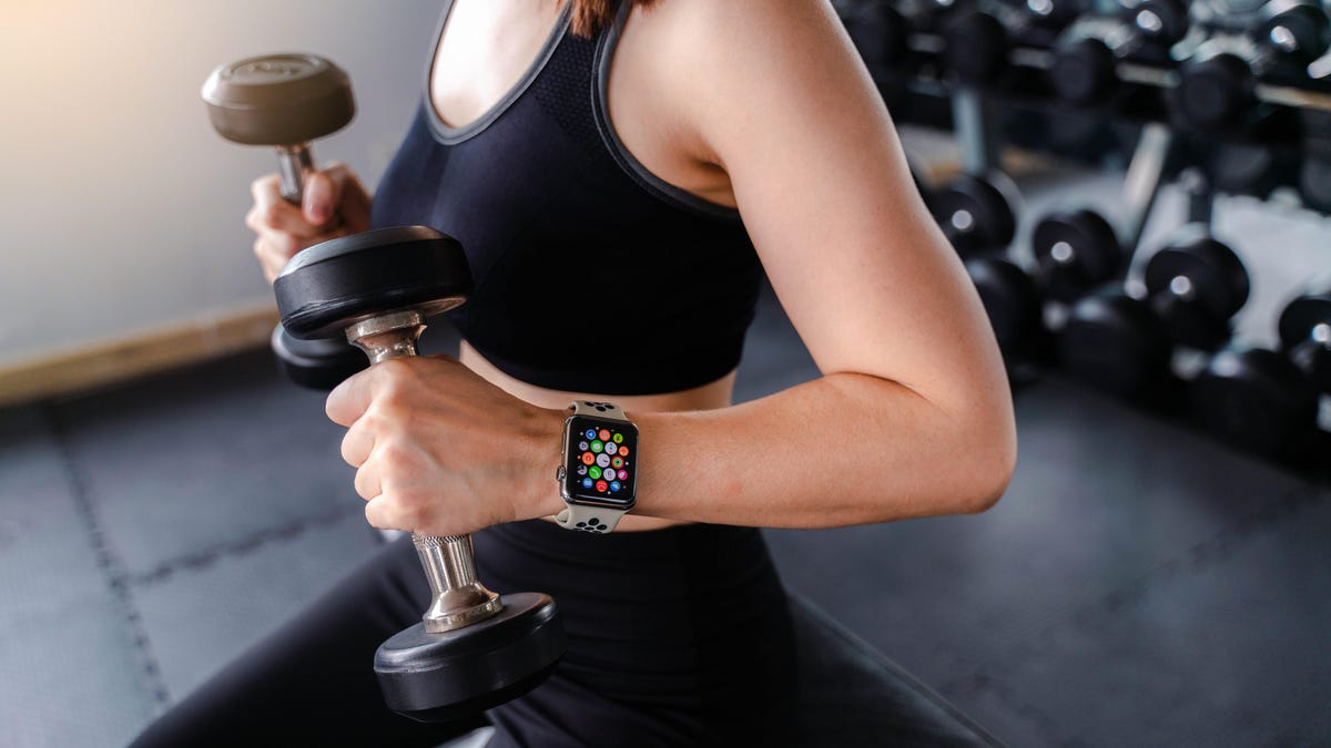10 Helpful Apple Watch Health Notifications Everyone Should Enable - Lifehacker : You should use Apple Watch alerts to keep track of some important health trends.  | Tranquility 國際社群